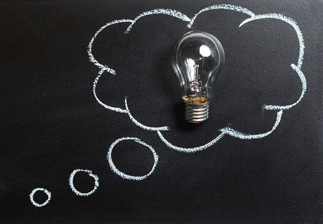 nápad a žárovka